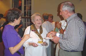 Catherine Fellows (center) at Fairlington's 60th Anniversary Celebration on November 1, 2003 - Photo by Guy Land)